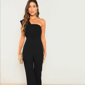 Asymmetrical Neck Solid Textured Jumpsuit